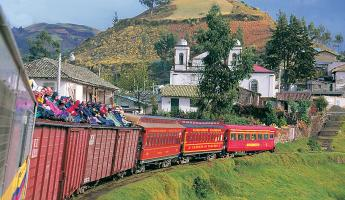 Train passing through Riobamba