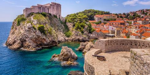 Wander through the preserved structures of Dubrovnik