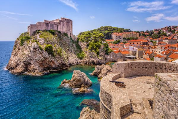 how to get from dubrovnik to greece