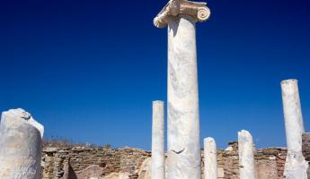Admire the incredible ruins on Delos