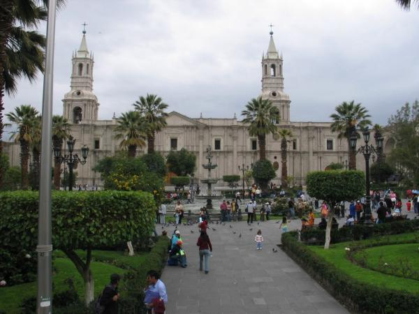 Plaza de Armas de Arequipa, this is a really beautiful city