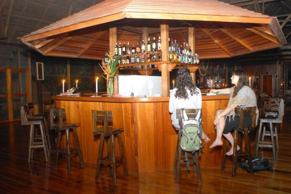 Enjoy your beverage of choice at the lodge bar