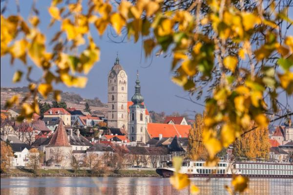 Cruise down the charming Wachau valley