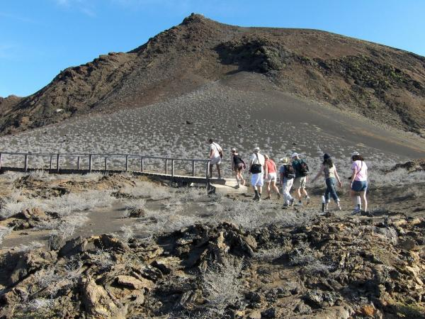 Hiking in Galapagos!!