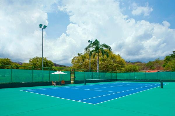 Tennis courts at Westin Playa Conchal