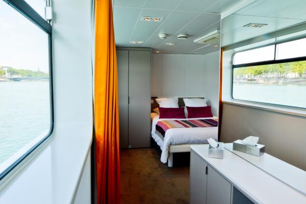 MS Camargue Main Deck Suite
