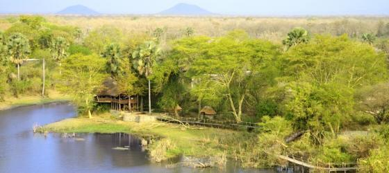 Experience the beautiful solitude of Mvuu Lodge