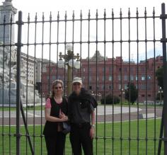 Karen & Hayes at the back of the Casa Rosada in Buenos Aires