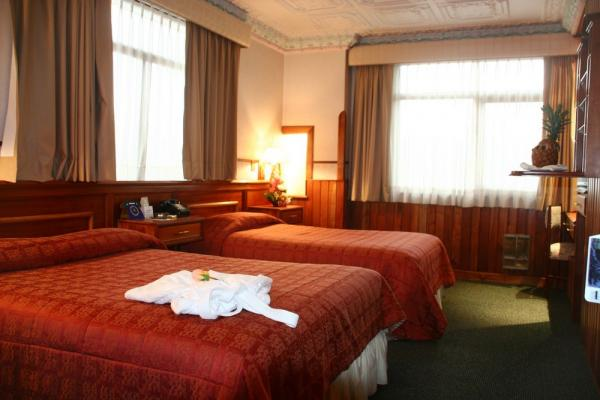 Comfortable Double Accommodations at Hotel Crespo