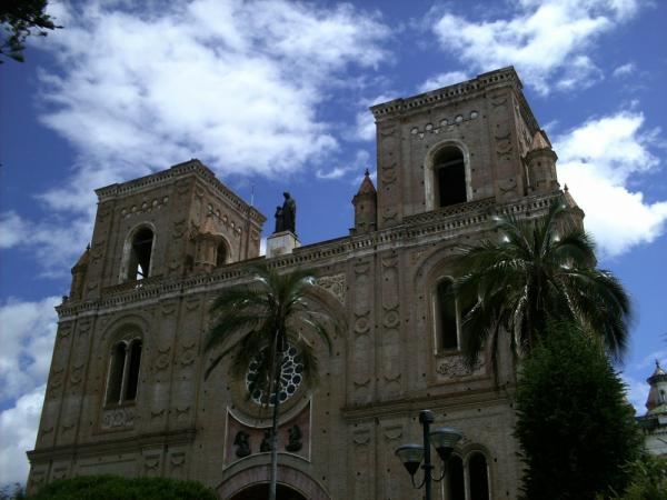 A larga cathedral