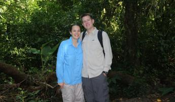 The honeymoon couple walking in Monteverde