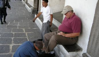 Phil\'s first shoeshine - off main plaza