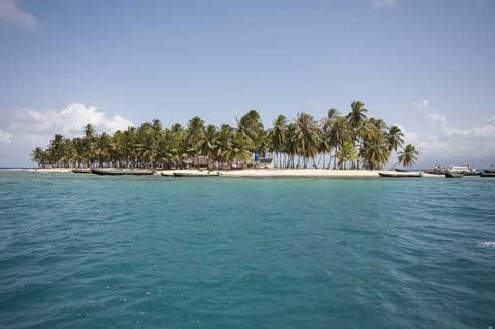 The Dolphin Lodge on San Blas Island