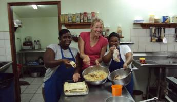 Belizean cooking class at Turneffe Flats!
