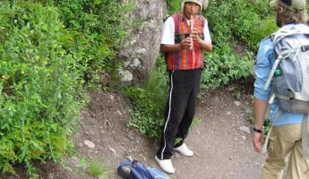 Local musician along the hike