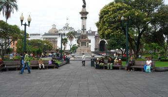 Sunday in the Plaza de Independencia in Quito