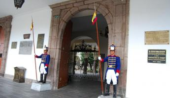 Guards at the President's House (Palacio del Gobierno)