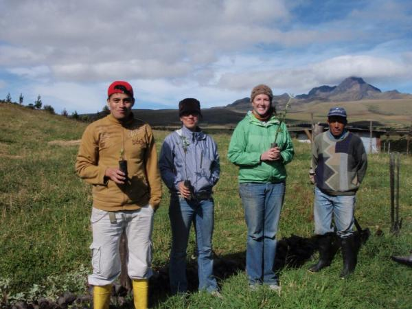 Volunteers in Cotopaxi