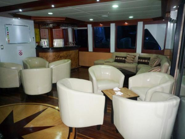Relax with your fellow travelers in the lounge