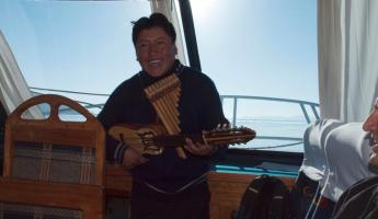 Live music on Lake Titicaca!