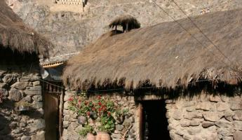A living Inca village today.