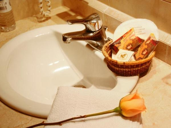 Private bath facilities in every room at Hotel Crespo