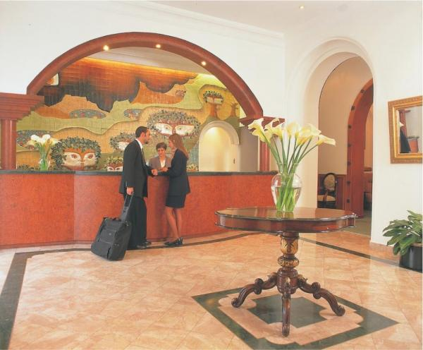A beautiful mosaic welcomes you at Hotel Crespo reception