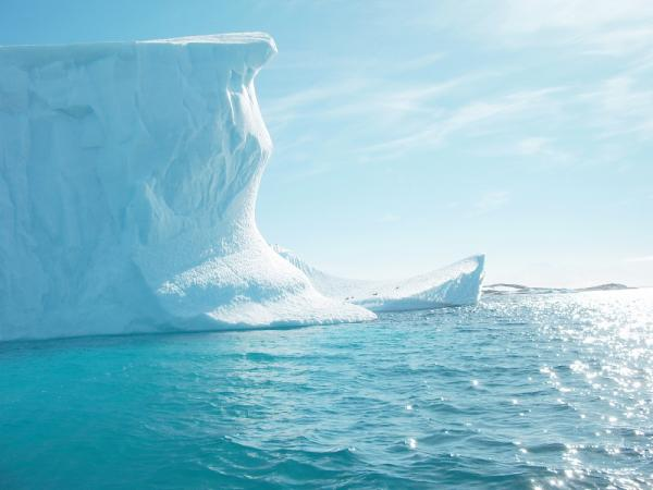 Explore the rare natural landscape of Antarctica on an expedition cruise