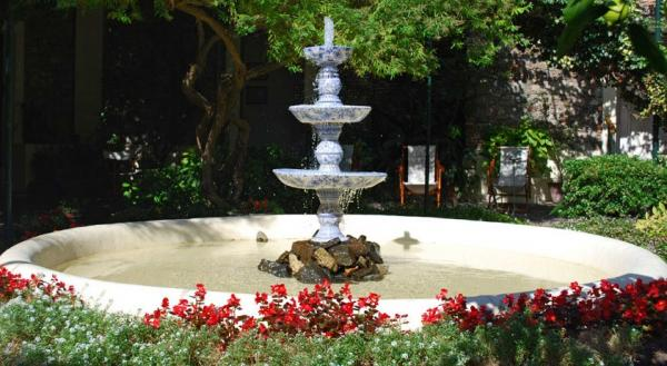 Relax in the courtyard with the sounds of the fountains