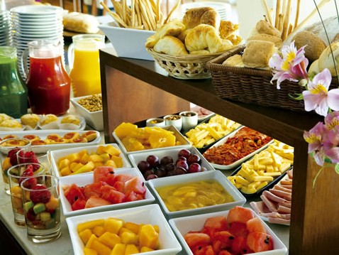 Daily breakfast buffet