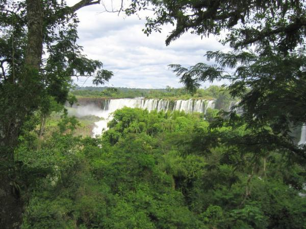 Iguazu Falls on Argentina tour