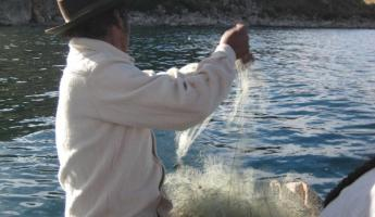 Fishing on the shores of Ticonata Island - Lake Titicaca