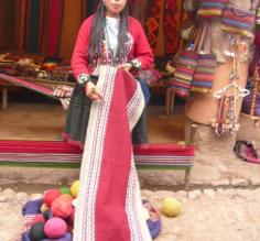Local weaver in Peru