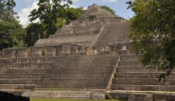 Maya temple at the Caracol ruin