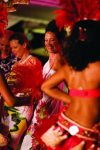 Cultural dances, entertainment and more on your Paul Gauguin cruise