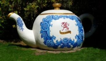 The Welcoming TeaPot