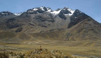 Highest pass on way from Puno to Cusco