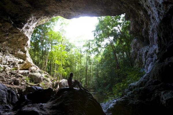 Explore numerous of caves on a Belize Tour