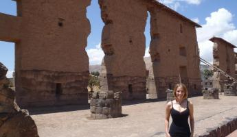 The ruins of Raqchi, a stop on our way to Puno