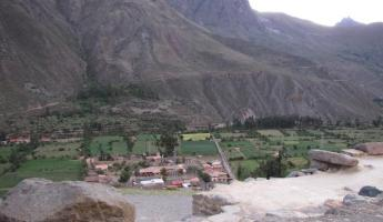 Path from quarry to Ollantaytambo