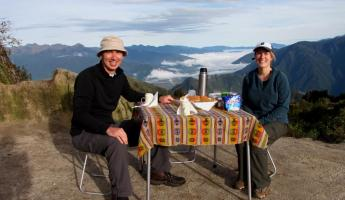 Day 4 trek: Breakfast al fresco above the clouds