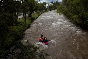 Raft the Tomebamba River that runs through Cuenca