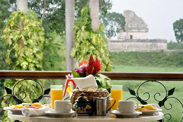 Exclusive views to the archaeological sites from the Mayaland restaurants