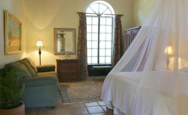 Airy rooms for a comfortable stay