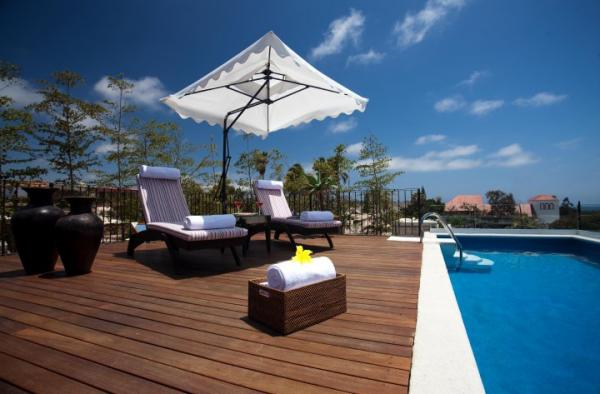 Enjoy the open-air heated pool with Venetian tiles