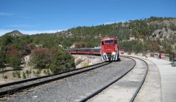 Copper Canyon CHEPE train