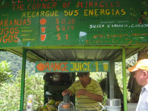 Fresh juice at the trailhead!