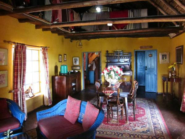 Colorful lobby at El Porvenir
