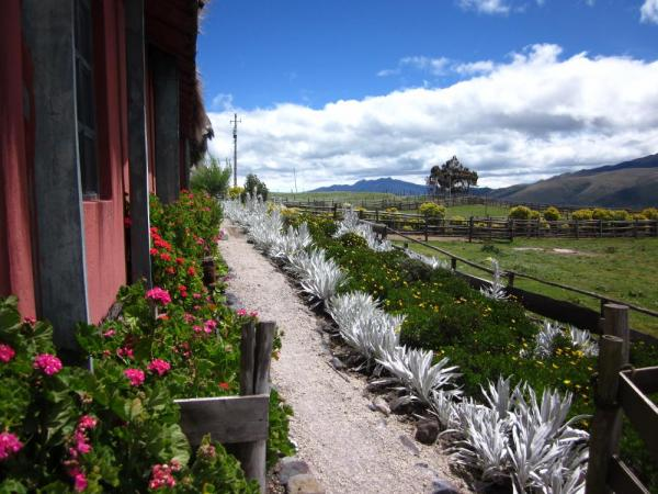 The grounds at Hacienda El Porvenir