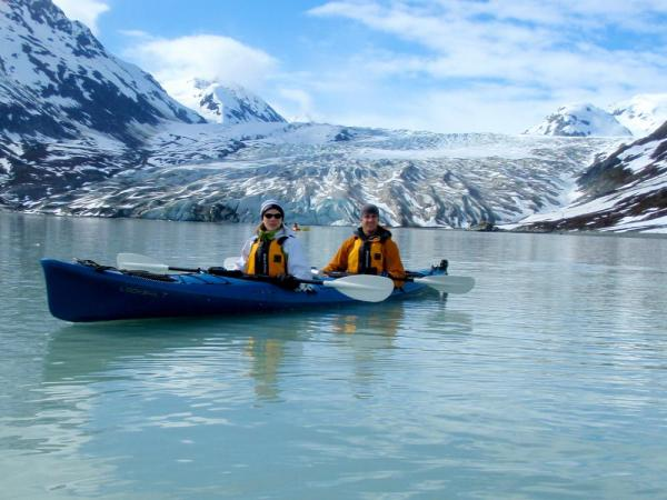 Kayaking to the glacier!